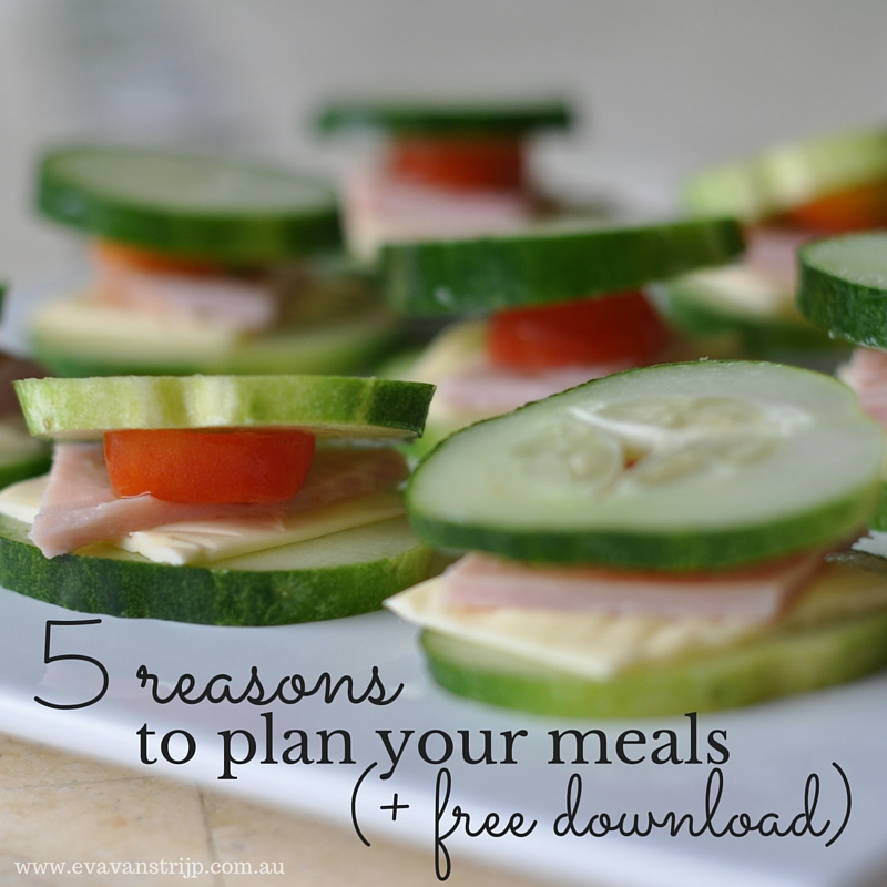 Simplify meal times with our FREE menu planning kit!
